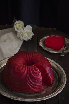 Red Velvet Bundt Cake - Megasilvita