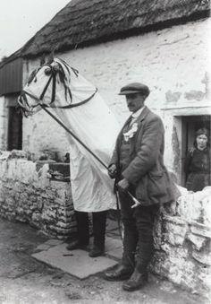 Mari Lwyd, Llangynwyd | Peoples Collection Wales