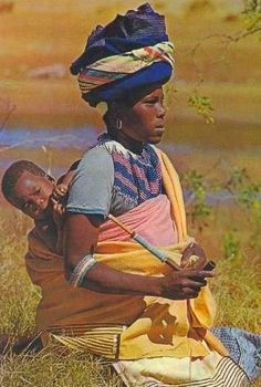 """Pipe smoking tembu mother and child South Africa postcard """" African Girl, African Women, African Fashion, We Are The World, People Of The World, South African Traditional Dresses, Zulu Warrior, Xhosa, African Textiles"""