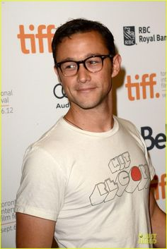 So hes my kind of nerdy cute. Oh golly.