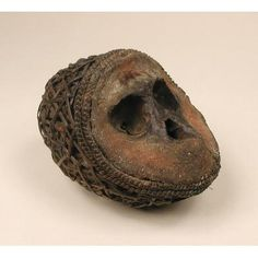 Vili Nkisi Mbumba Skull, DR Congo