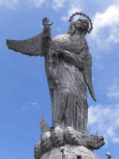 27 Famous Statues Around the World