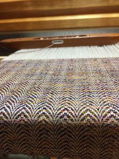 Loom Yarn, Loom Weaving, Hand Weaving, Weaving Designs, Weaving Patterns, Welsh Blanket, Rug Hooking, Woven Fabric, Yarns