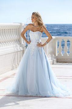 297 - Gekleurde bruidsmode - Bruidscollecties - Bruidshuis Diana