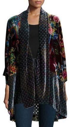Johnny Was Collection Dream Multi-Print Velvet Kimono Jacket Womens - Women Kimono Jackets - Ideas of Women Kimono Jackets Kimono Cardigan, Kimono Dress, Kimono Jacket, Winter Kimono, Summer Kimono, Kimono Fashion, Modest Fashion, Look Fashion, Autumn Fashion