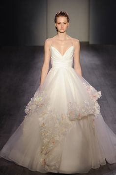 Style 6601 Paige Runway View