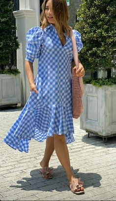 Stylish Dress Designs, Designs For Dresses, Stylish Dresses, Simple Dresses, Pretty Dresses, Fashion Dresses, Urban Chic, Casual Summer Outfits For Women, Wrap Around Dress