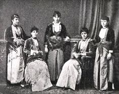 Pontian Greek women in traditional dress in Trapezounta Pontus (modern, Trabzon, Turkey Albanian People, Greek Dress, Old Greek, Photographs Of People, Documentary Photography, Photo Studio, Online Printing, The Past, Spain