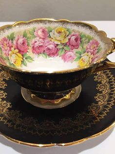 Royal Stafford rose garland vintage tea cup very good vintage condition, no chip or crack