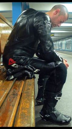 """gay-snuff-desires: """"Tickle A Local Prostate """" Motorcycle Suit, Motorcycle Leather, Biker Leather, Motard Sexy, Motorbike Leathers, Biker Boys, Cafe Racing, Biker Gear, Leather Jeans"""