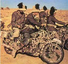 Elite Fascist Italian Bersaglieri in Africa. Italian Empire, Italian Army, Desert Diorama, Afrika Corps, North African Campaign, Soviet Army, Ww2 Photos, Roman History, American War