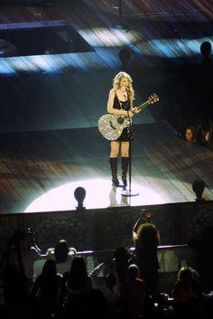 Taylor Swift. Photo Credit: Max Poirier