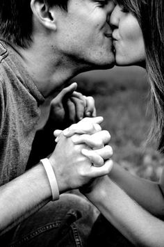 I wish I had a boyfriend to take pictures like this with..