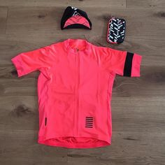 Coral is the new pink #newkitday #rapha #etape #cycling #cyclingapparel #notpink #coral #letour #rcc by velo_stique