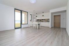 Realty Slovakia | Четырехкомнатная квартира аренда Братислава City Park Divider, Room, Furniture, Home Decor, Bedroom, Decoration Home, Room Decor, Home Furnishings, Arredamento