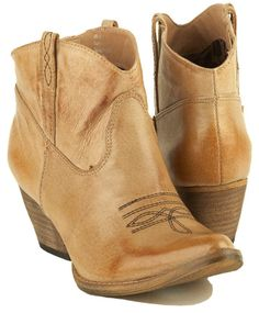 Women's Very Volatile *Rio Grande* man-made cowboy boots. | Very ...