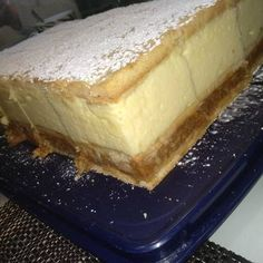 Almás krémes | alexa08 receptje - Cookpad receptek Hungarian Recipes, Bakery, Cheesecake, Food And Drink, Sweets, Cooking, Recipes, Kitchen, Good Stocking Stuffers
