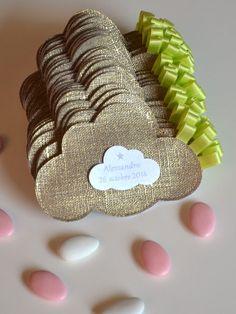 sur commande ballotins de dragées baptême lin lamé en forme de nuage