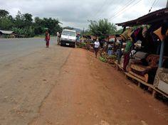 https://flic.kr/p/xYTybt | Roadside Market | Roadside market in Osun State Nigeria.  #JujuFilms
