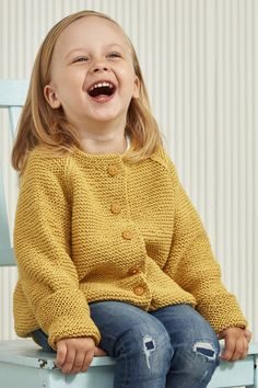 Children's cardigan knitted with soft Novita Wool Cotton. Knitting For Kids, Baby Knitting, Bind Off, Garter Stitch, Buttonholes, Knit Cardigan, Cute Kids, Little Boys, Knit Crochet