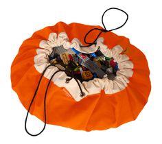 Parece o saco do camelô, ótima idéia para organizar, Swoopbag Orange Crush Cool Lego Bag