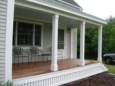 New house entrance exterior front porches white trim ideas Front Porch Posts, Front Porch Railings, Front Porch Design, Front Deck, Screened In Porch, Front Porches, Front Porch Pillars, Front Yards, Patio Railing