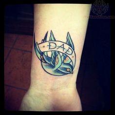 Cute Dad and Mom Tattoo Designs Dad Tattoos, Tattoos For Guys, Cool Tattoos, Awesome Tattoos, Tatoos, Mom Tattoo Designs, Swallow Tattoo, Memorial Tattoos, Tattoo Inspiration
