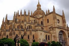 Cathedral of Segoiva Juan Gil de Hontanon, Segovia, Spain, 1522 to 1577