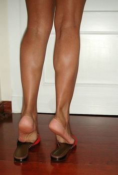 Ohwowfactor — scholls-and-excercise-sandals: Gorgeous .. Feet Soles, Women's Feet, Great Legs, Nice Legs, Gorgeous Feet, Beautiful Legs, Girl Soles, Foot Photo, Sexy Legs And Heels