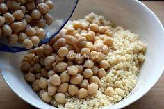 Ρεβύθια σαλάτα με κουσκούς και κάρυ Beans, Vegetables, Food, Essen, Vegetable Recipes, Meals, Yemek, Beans Recipes, Veggies