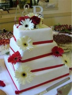 I love square cakes!
