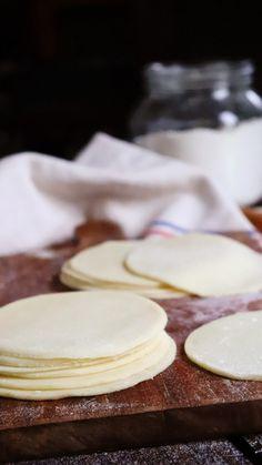 Boricua Recipes, Bread Dough Recipe, Deli Food, Tasty, Yummy Yummy, Good Food, Food Porn, Brunch, Cooking