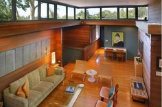 Mid Century Modern Home, nestled in the hills, just above Studio City. The Waxman Residence, Circa 1964, designed by Barry Moffitt, AIA. #windows