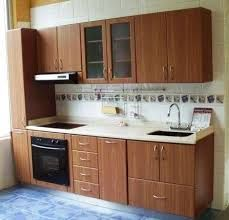 Designing a minimalist kitchen can be the most challenging of all, as you have so many factors considering and not a lot of room. Modern Kitchen Cabinets, Kitchen Units, Kitchen Cabinet Design, Modern Kitchen Design, Interior Design Kitchen, Kitchen Furniture, Kitchen Decor, Kitchen Queen, Diy Kitchen Storage