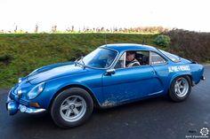 #Alpine #A110 au Rallye des Givrés, reportage complet : http://newsdanciennes.com/2016/02/15/grand-format-le-rallye-des-givres/ #Voiture #Ancienne #ClassicCar