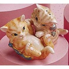 Kit N Kaboodle Salt & Pepper Shakers by Fitz and Floyd. $18.75. Save 25% Off!