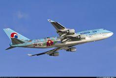 Korean Air HL7495 Boeing 747-4B5 aircraft picture