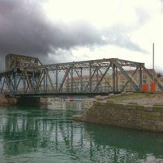 Une dernière photo du Pont du Tivoli avant son démontage pour restauration (6 mois de travaux). #sete #sète #plaisirsdherault #fr #igers #igersfrance #igersmontpellier #ig_europe #ig_france #ig_capture #igs_photos #hdr_pics #hdr #ig_hdr #webstagram #gate #pont #paysage #instapic #l4l #like #life #Padgram