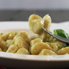 Remember that time I made homemade gnocchi?? Well, one batch I smothered in an incredible vodka sauce and the other batch I froze. Then I forgot about it until… oh the other day. Yah, turns out gnocchi freezes REALLY well (if you check the date on those posts – we're... #easy #gnocchi #pasta