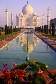 Tomarme una foto torpe en el Taj Mahal