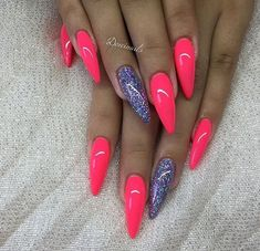 How to choose your fake nails? - My Nails Neon Nails, Love Nails, Pink Nails, My Nails, Pink Pedicure, Pedicure Ideas, Fabulous Nails, Gorgeous Nails, Pretty Nails