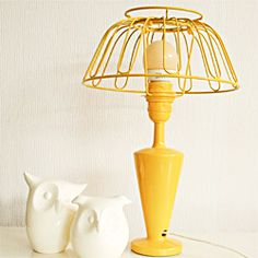 You know I'm looking at the owls, but this retro style lamp is made out of a fruit bowl! @ By Wilma