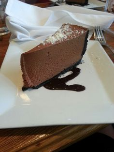 Mmmmm so good. Delicious  light and fluffy choclate mousse cake.yum.