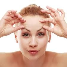Anti Aging Tips to Prevent Wrinkles and Fine Lines. Many people believe that drastic measures are required in order to have flawless, youthful skin. Women search for top skin screams that average $400 an ounce that most offer little proof that they do half of what they promise and expensive cosmetic surgery. Nothing could be further from the truth. Do you want a cheaper and easier solution to prevent premature aging?