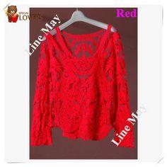 Blusa Bordados  Floral Crochet Guipir Blusa transparente em tule de seda azul, bordado em formato de renda guipir. Gola redonda e manga comprida. Cor: Men vermelha Tamanho: Unico (veste 38, 40) Composição:Tecido: 65% algodão, 35% poliéster Bordado: 100% algodão Medidas: Busto: 92cm / costas: 37 cm / Largura manga: 26 cm / comprimento da  manga: 64cm / comprimento da blusa: 62cm