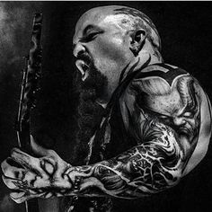 🤘 For all things Slayer! Metal Music Bands, Heavy Metal Bands, Hard Rock, Kerry King Slayer, King Tattoos, Metal Tattoo, Tribute, Famous Musicians, Thrash Metal