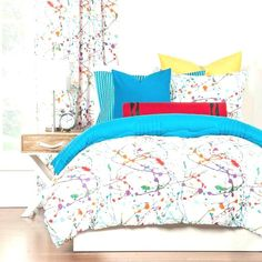 Create attractive and the most comfortable bedroom with teen bedding sets. There are so many choices of bedding set for teen that can be chosen to decorate and create your teens room looks attractive.