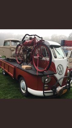 Volkswagen – One Stop Classic Car News & Tips Volkswagen Bus, Vw T1 Camper, Vans Vw, Carros Vw, Combi T1, Combi Split, Vw Camping, Vw Vintage, Vw Cars