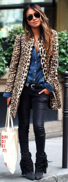 "justthedesign: "" Sincerely Jules Wearing Leopard Print Coat From Zara, Denim shirt From Madewell, Jeans From Anine Bing, Boots From Isabel Marant, Bag Is Vintage Gucci Sunglasses From Ray Ban Tote. Animal Print Fashion, Fashion Prints, Looks Camisa Jeans, Mode Outfits, Fashion Outfits, Chic Outfits, Leopard Print Coat, Leopard Jacket, Cheetah Print"