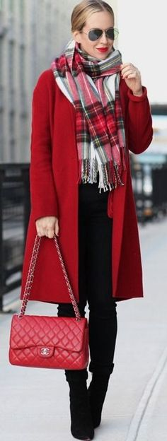 Red is our go-to colour for this festive season. Helena Glazer wears a statement red coat with a matching tartan scarf and cute hangbag, making for an overall greatly impressionable look. #red